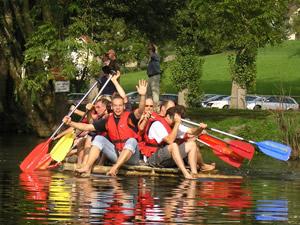 Floßbau – ein Tag am wundervollen Ottensteiner Stausee mit Spaß, Entspannung und Genuss