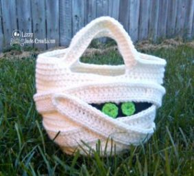 Mummy Trick or Treat Bag di Jenna Johnston