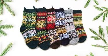 6 Christmas Stockings Anne Mende regali di Natale in stile baita