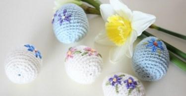 Amigurumi Easter Egg Zeens and Roger uova