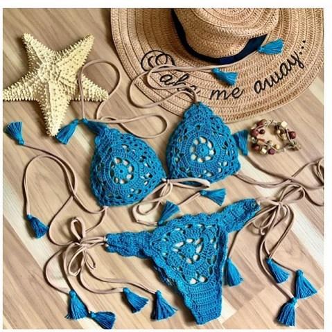 Sea Breeze Bikini di Andrea Campbell