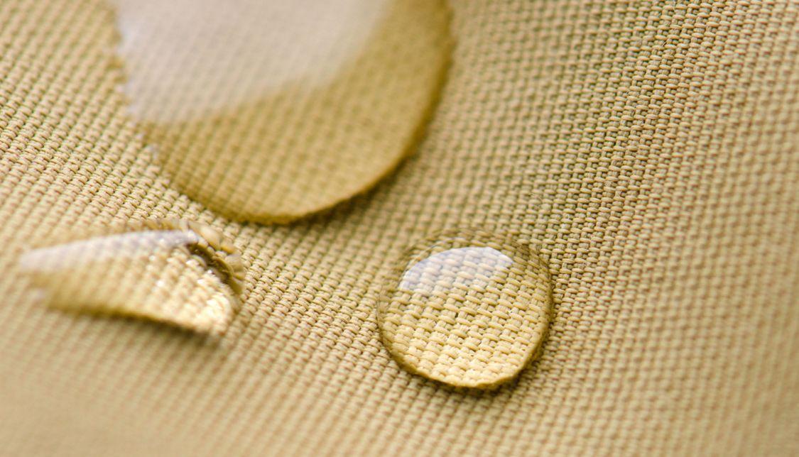 هل تبحث عن طريقة ازالة الزيت من الملابس إذن إليك 12 طريقة