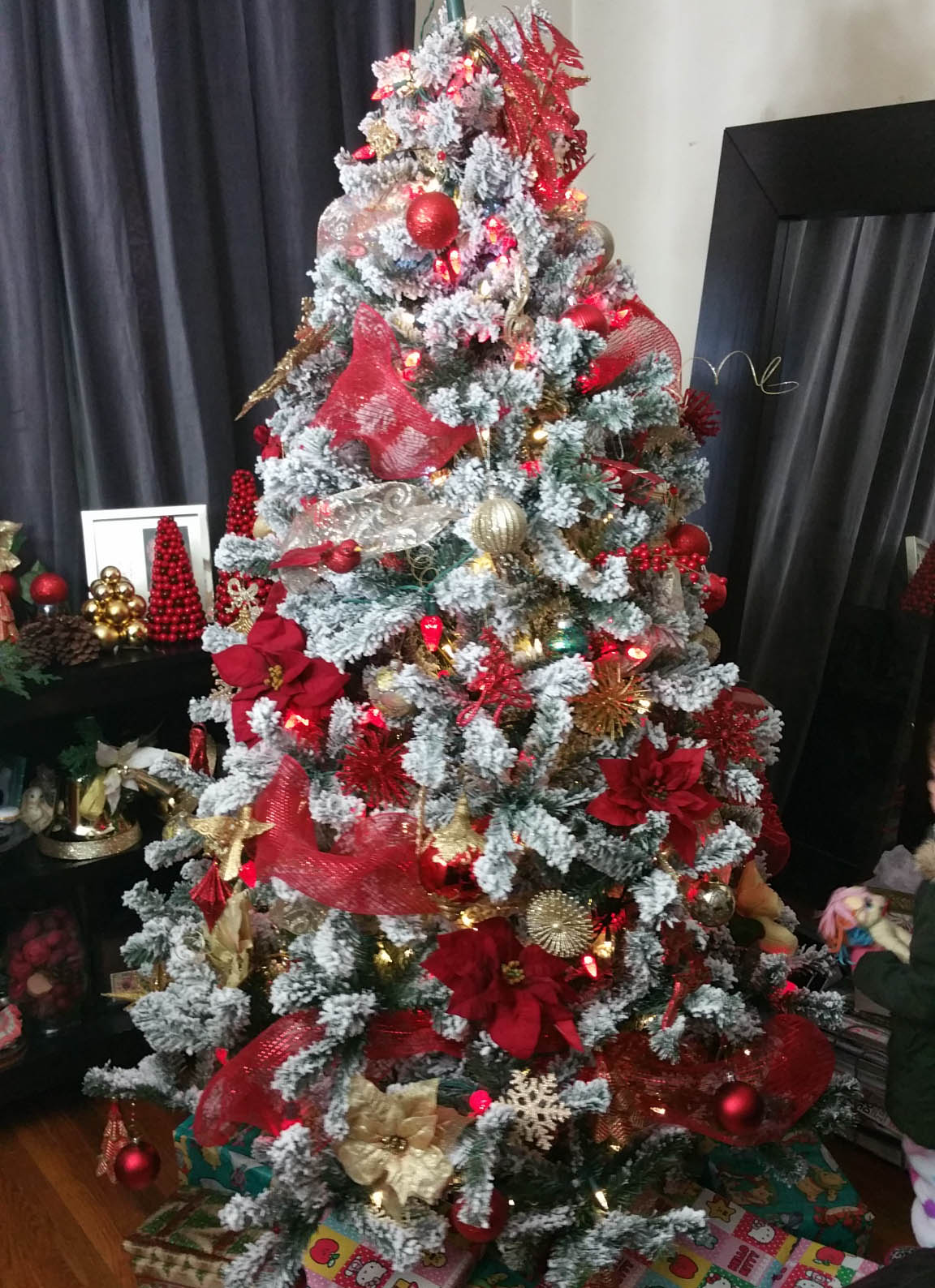 Artificial Christmas Trees Pictures Amp Photos