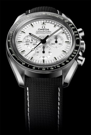 Omega Speedmaster Apollo 13 Silver Snoopy Awards - Baselworld 2015