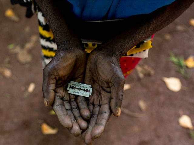 Znalezione obrazy dla zapytania obrzezanie kobiet zdjecia