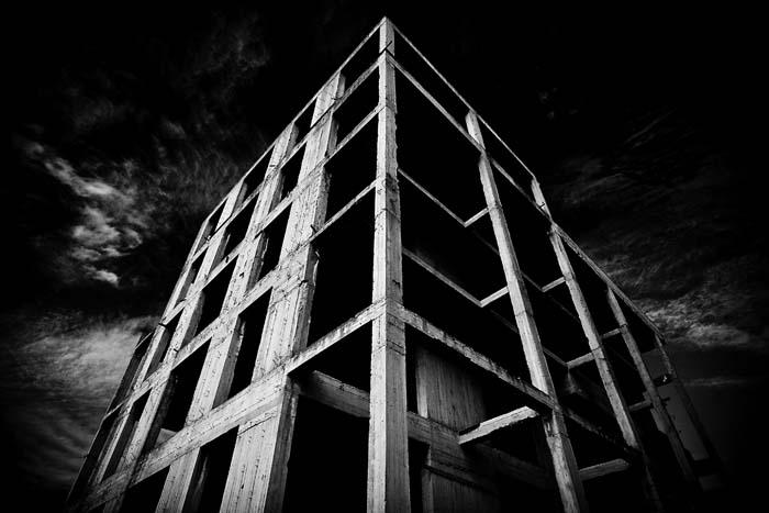 Unfinished – Architetture criminali
