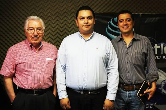 En Zona Productiva contamos con la presencia del Lic. José Luis Barrón Lechuga, Director General de Grupo ABG, y Carlos Mier Padrón, Presidente de Industriales Potosinos A.C. Para tratar el tema del 1er Encuentro de Empresas Esbeltas (Lean Manufacturing). Sintoniza Zona Productiva cada martes y jueves en punto de la 1 pm