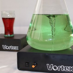 Vortex Magnetic Stirplates