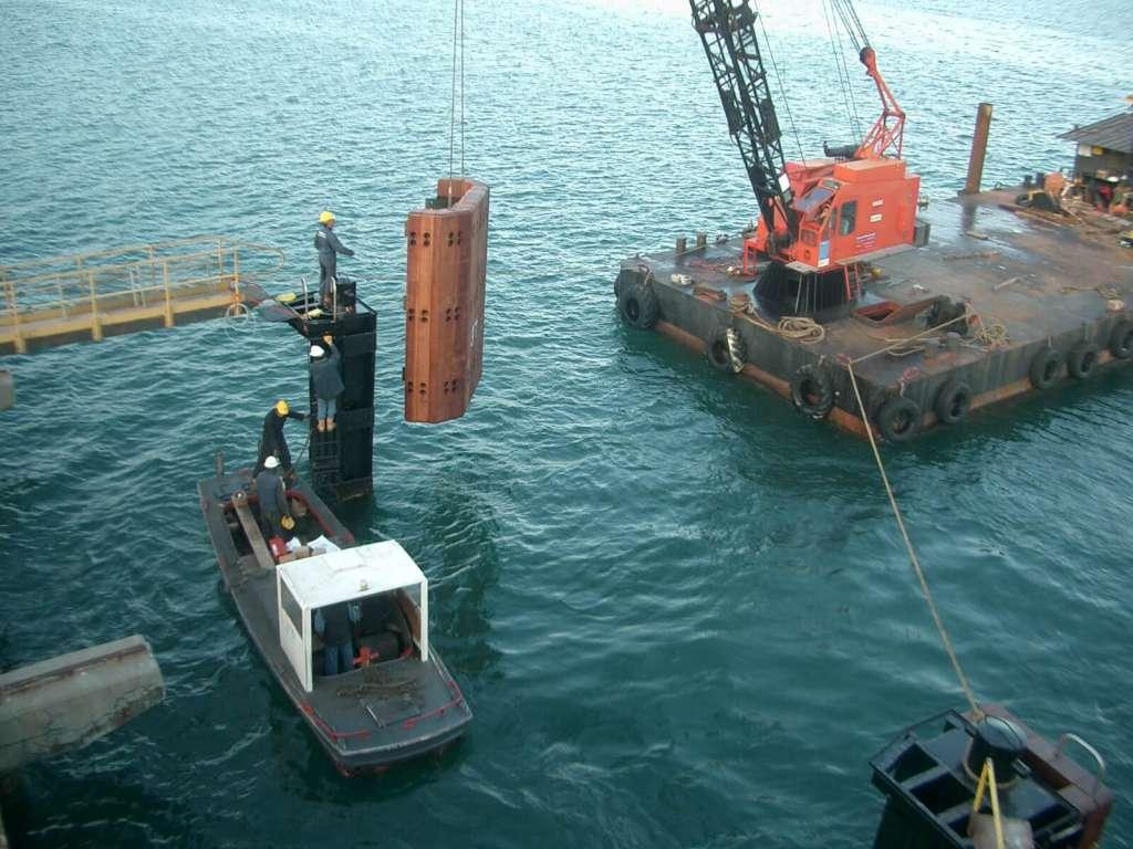 Installazione opere portuali