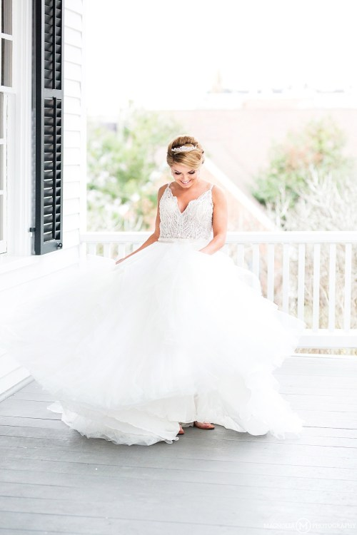 Spining Wedding Gown