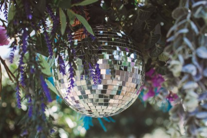 Styled_Shoot_Festival_Rock_Disco_Colour_Jimmys_Farm-210820-10