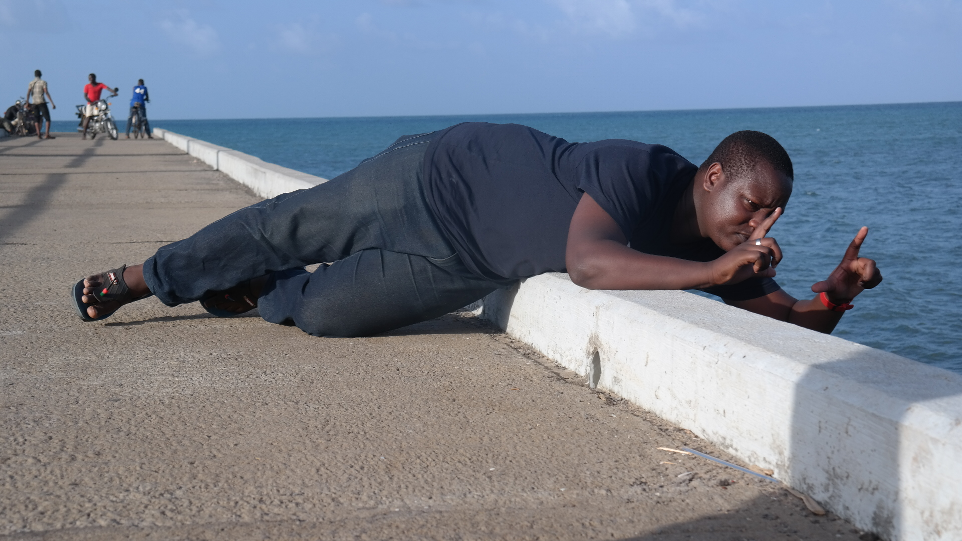 #ThisIsMyKenya: My Photographer Is Suicidal via @theMagunga