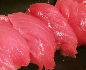 赤身のにぎり寿司