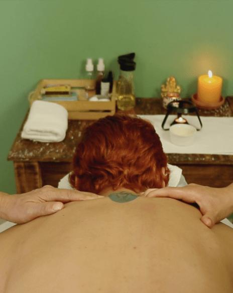 Masajes terapéuticos para combatir el estrés y la fatiga – Vizrama –