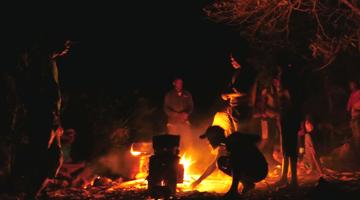 Utilisation de foyers améliorés à Madagascar par le Tour Opérateur Mahay Expédition