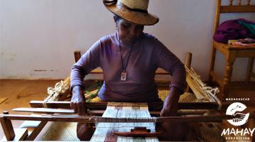 Le métier à tisser la soie de Madagascar