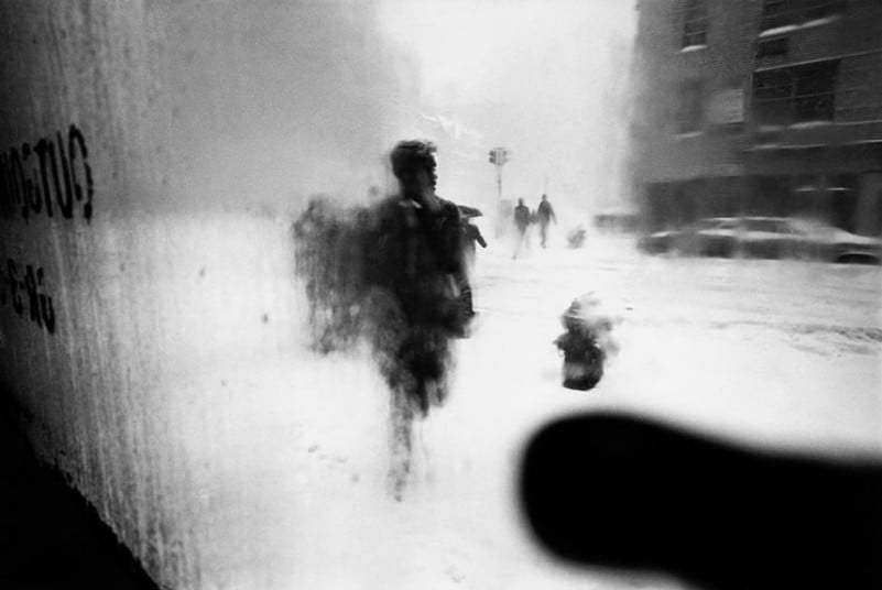 Saul Leiter: Early Black and White Photographs 1