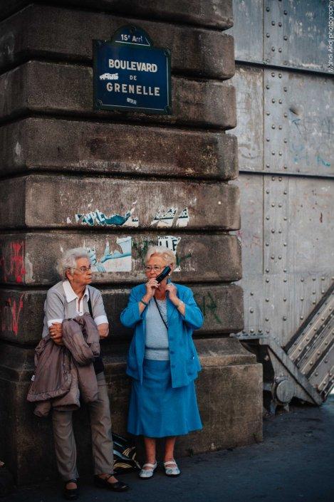 Allô !!! - BIr Hakeim - Paris - Street photography