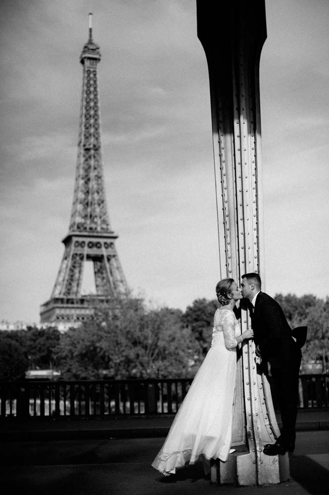 Wedding in Paris - Eiffel tower