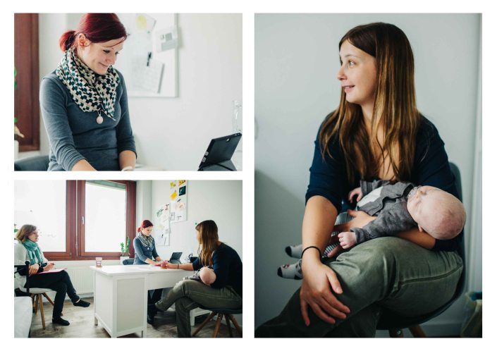 A mother with her baby at the midwifery practice - Hebammenprojekt - Projet sur les sages-femmes en Allemagne
