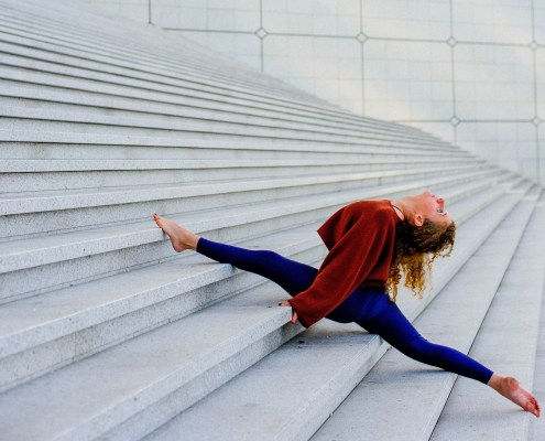 Roughness to smoothness - Yoga in the business district