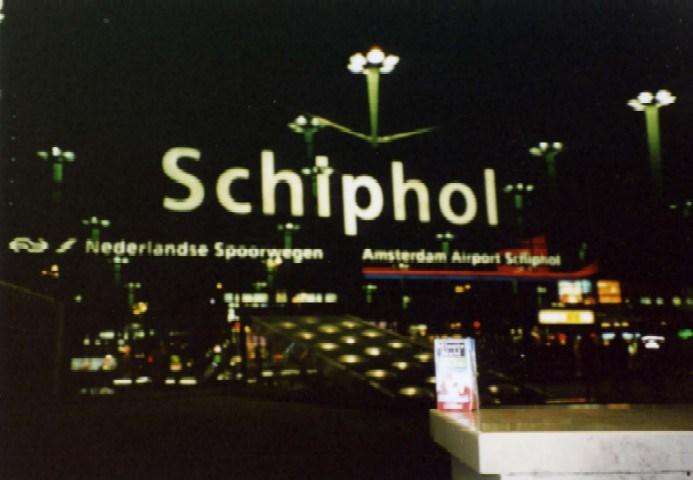 neth-amsterdam-schipol-airport
