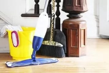 vacuuming maid service canton home