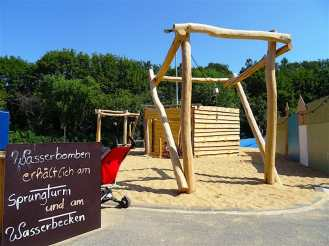 Wasserbombenschleuder von Oskarshausen - Ferienwohnung Dresden - Maik L. Borchers