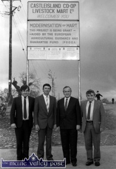 On arrival on the purposely painted 'Heli-Pad' at Castleisland Co-Op Mart, Minister for Industry and Commerce, Albert Reynolds TD was welcomed by mart manger, Richard Harnett (left) with mart board members: John Roche and Jeremiah O'Connor. ©Photograph: John Reidy 15-11-1988