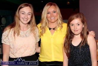 Irish Rugby International and special guest, Sharon Lynch (centre) pictured with local fans, Charley Lee (left) and Sarah Horgan at the Garvey's SuperValu / Castleisland Rugby Club Bake-Off at the River Island Hotel. ©Photograph: John Reidy