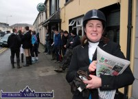 Josie Kissane, Beaufort preparing for the Kerry Hunt Club outing outside The Half Barrel Bar in Castleisland on Sunday afternoon. ©Photograph: John Reidy