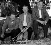 Taking shade: Denny O'Sullivan (left) pictured with Paddy Curtin and Sonny O'Connell at the 2000 Castleisland Race meeting at Crag Cave. ©Photograph: John Reidy 25/06/2000