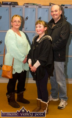 Samantha Knightly checking out the facilities at Castleisland Community College with her parents, Winnie and Patrick. ©Photograph: John Reidy