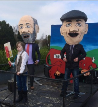 Cormac O'Mahony's 'moo-ving' tribute the Healy Rae proposal to moove the Red Cow Roundabout back to South West Kerry. The float was included in The Journal's Best in Ireland category. Photograph: Muiris O'Mahony.