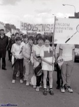 Kingdom Badminton Club and Boys' National School flag-bearers with teacher, Tim Nelligan in the first St. Patrick's Day Parade in Castleisland. ©Photograph: John Reidy 17-3-1989