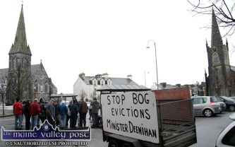 Holy War: Turf cutters gathering to protest at Minister Jimmy Deenihan's office in The Square in Listowel on Saturday. ©Photograph: John Reidy 28-1-2012
