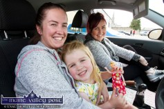 Claire Fitzgerald, Castleisland and her little girl, Cyanna Murphy with Charlene Walsh, Cordal and London at Munster's only Drive-In Bingo Session on Sunday afternoon at Castleisland Co-Op Mart. ©Photograph: John Reidy