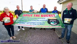 Castleisland RFC members preparing for the Shoemaker's Bar launch of the Split the Bucket fundraiser this weekend last year. Included are: Nóirín Uí Chathasigh, Derek O'Connell, Brian Horgan, Dan Casey, Denis Reidy and Colm Nolan. ©Photograph: John Reidy 27-8-2018