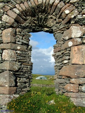 Detail of the stonework on the window of the 14th century old ruins of St. Colman's church and cemetery on Inishbofin, Photograph: John Reidy 7-6-2003