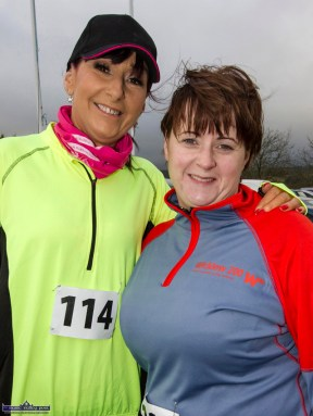 Joanne Murphy, Newcastlewest (left) and Bernadette Lyons, Cappagh pictured at the start of the Kerrie Browne 5K memorial run / walk in Brosna on Sunday morning. ©Photograph: John Reidy