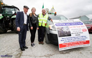 Michael Healy Rae, TD pictured with Ava Fitzmaurice and event co-organiser, Cllr. Charlie Farrelly at the start of the 10th Paudie Fitzmaurice Memorial Tractor and Vehicle Run on the yard of Castleisland Co-OP Mart on Sunday. ©Photograph: John Reidy