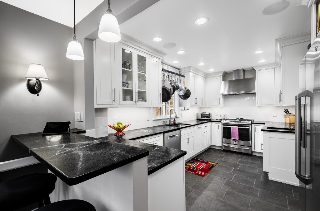 Contemporary Kitchen - Traditional Door Style by New Ashford on Modern Kitchen Counter Decor  id=22027