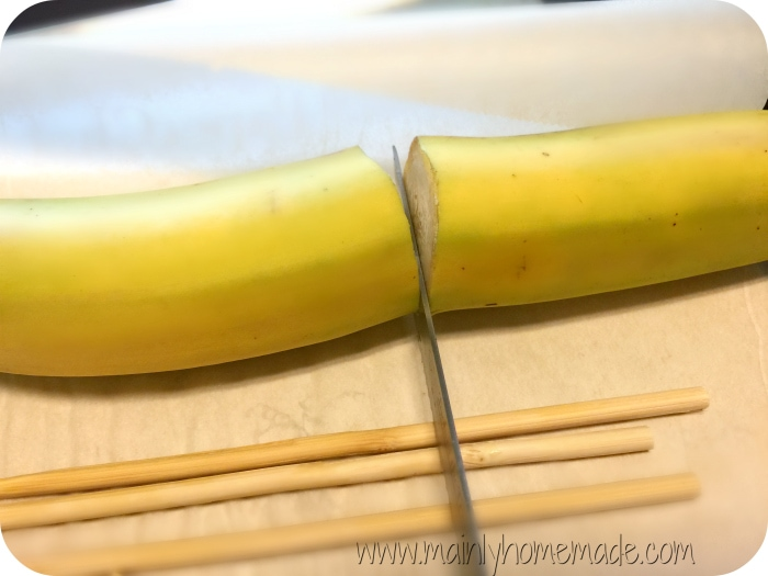 Cutting bananas for banana monkey tail