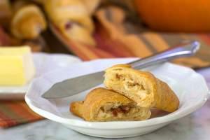 garlic feta bacon crescent rolls