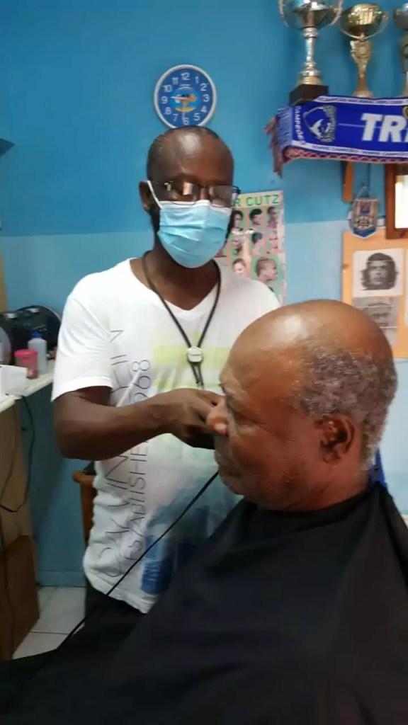 toms cardoso barberia at work salon maio cabo verde