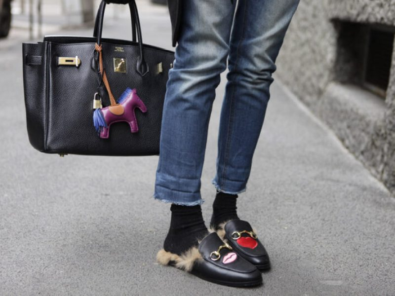 """fa72695d3f Un trend in piena evoluzione, la scarpa """"ciabatta"""", per così dire, sembra  non conoscere limiti. Interprete di questa nuova tendenza di sicuro la  Maison ..."""