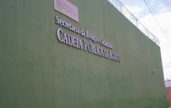 Resultado de imagem para REVISTA NA CADEIA PÚBLICA DE IGUATU-CE