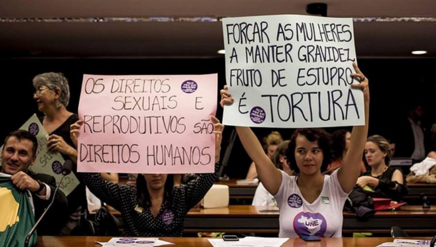 Comissão da Câmara aprova restrição ao foro privilegiado