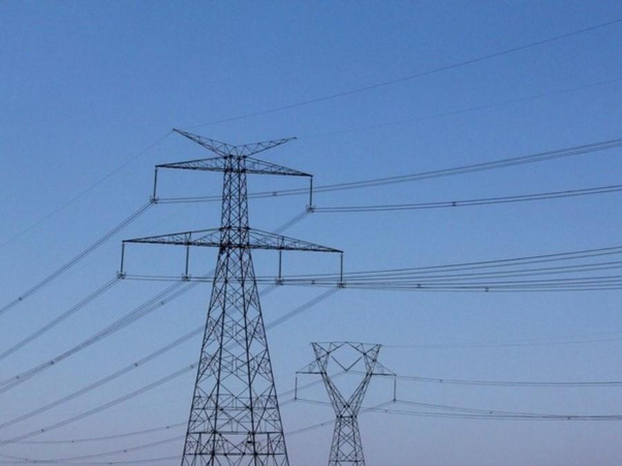 Linhas de transmissão rendem R$ 15 bilhões