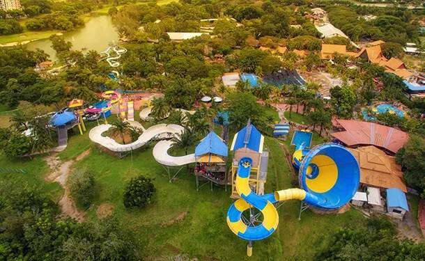 A Famosa Theme Park